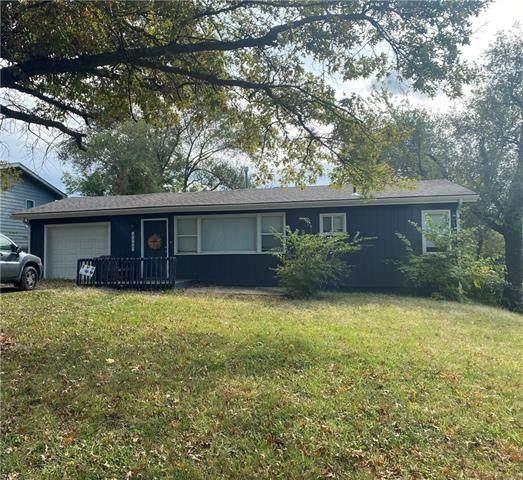 7507 E 85th Street, Kansas City, MO 64138 (#2350684) :: Team Real Estate