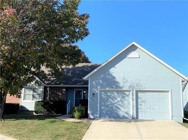 7010 W 157th Terrace, Overland Park, KS 66223 (#2350709) :: Five-Star Homes