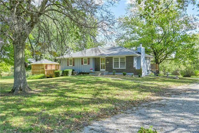 158 Chapel Drive, Bates City, MO 64011 (#2350712) :: Audra Heller and Associates