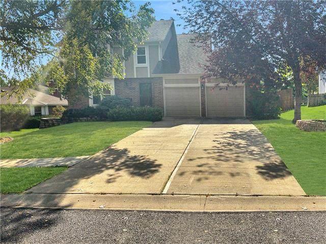 14519 W 94th Street, Lenexa, KS 66215 (#2350731) :: SEEK Real Estate