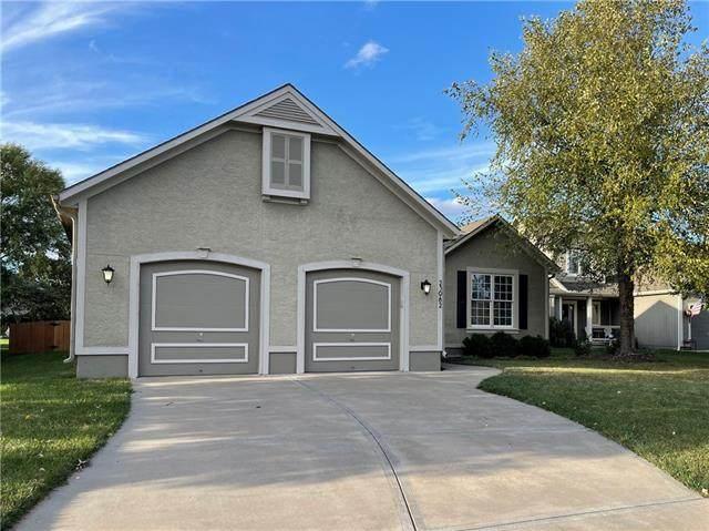 23982 Eagle Court, Paola, KS 66071 (#2350758) :: Five-Star Homes