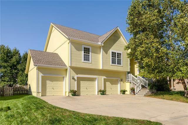 2420 SW Golden Eagle Road, Lee's Summit, MO 64082 (#2350809) :: SEEK Real Estate