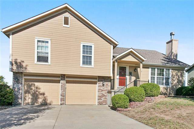 15518 Iron Creek Court, Basehor, KS 66007 (#2350883) :: Five-Star Homes