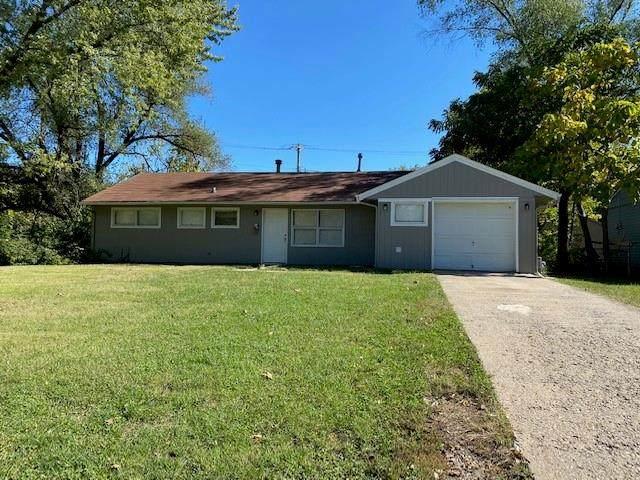 10701 Ewing Drive, Kansas City, MO 64134 (#2350929) :: SEEK Real Estate