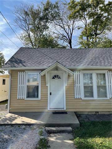 207 N Gallatin Street, Hamilton, MO 64644 (#2350951) :: SEEK Real Estate