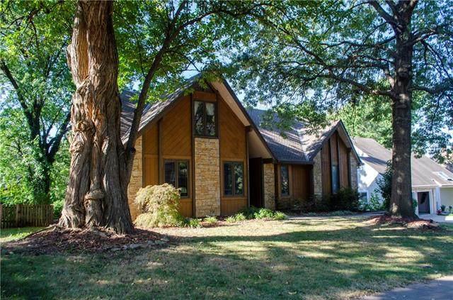 12901 W 116TH Street, Overland Park, KS 66210 (#2350956) :: Five-Star Homes