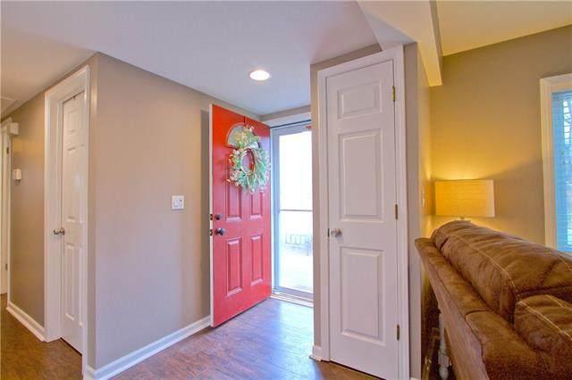401 S Harrison Street, Spring Hill, KS 66083 (#2350983) :: ReeceNichols Realtors