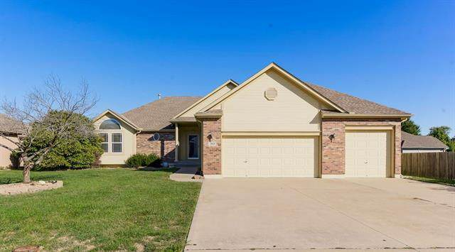 1302 SW Georgetown Drive, Lee's Summit, MO 64082 (#2351017) :: Ask Cathy Marketing Group, LLC