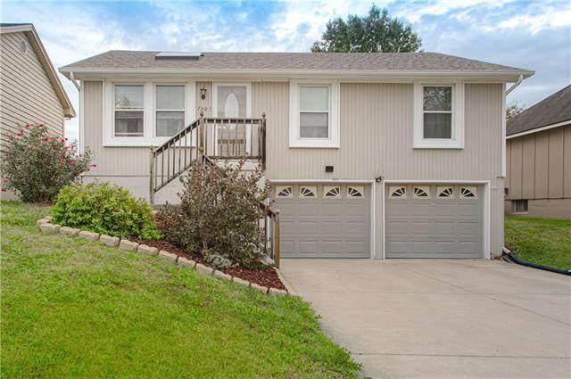 7203 N Farley Avenue, Kansas City, MO 64158 (#2351070) :: Eric Craig Real Estate Team