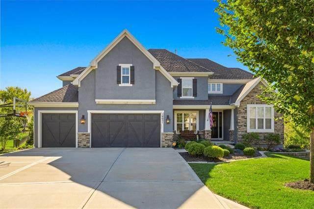 16621 Eby Street, Overland Park, KS 66085 (#2351075) :: Five-Star Homes