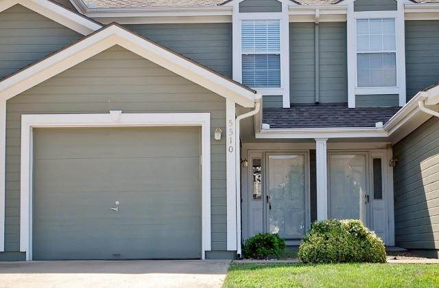 5510 NW Moonlight Meadow Drive 69-B, Lee's Summit, MO 64064 (#2351147) :: Ask Cathy Marketing Group, LLC