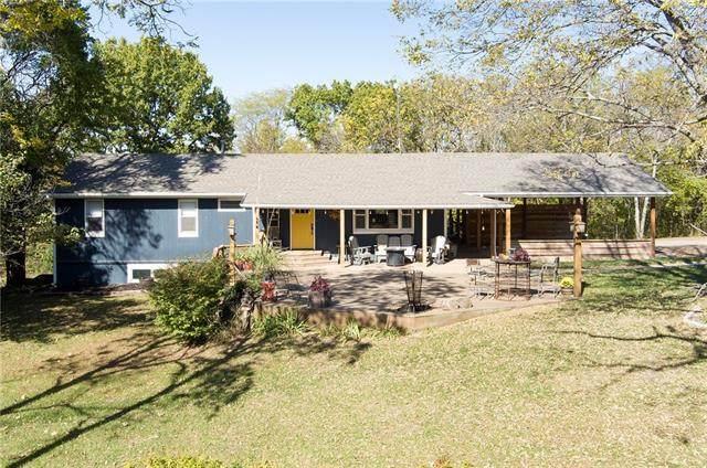 19926 Leeman Road, Leavenworth, KS 66048 (#2351177) :: Five-Star Homes