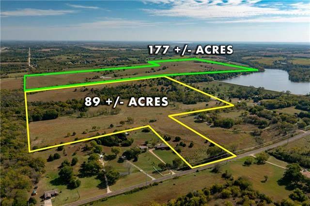 3040 SE Shawnee Heights Road, Tecumseh, KS 66542 (#2351294) :: ReeceNichols Realtors