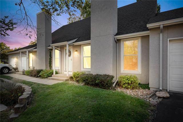 10788 Oakmont Street, Overland Park, KS 66210 (#2351297) :: Five-Star Homes