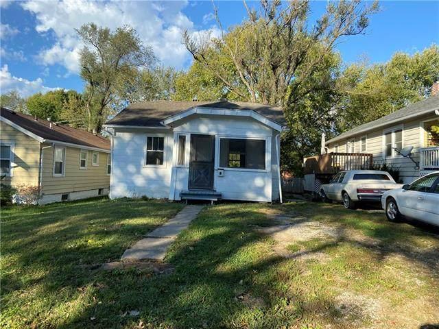 1912 S Evanston Avenue, Independence, MO 64052 (#2351321) :: Eric Craig Real Estate Team