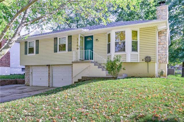 3104 SE 1st Street, Blue Springs, MO 64014 (#2351389) :: The Rucker Group