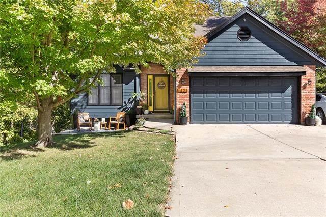 4421 NW Indian Lane, Riverside, MO 64150 (#2351495) :: Five-Star Homes