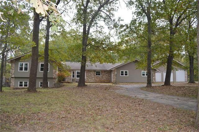 5452 S Farm Road 205 Road, Rogersville, MO 65742 (#2351529) :: Audra Heller and Associates