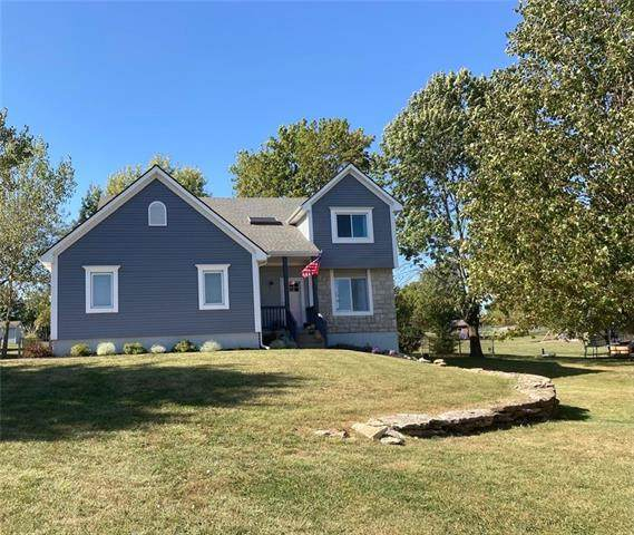 1903 Valley View Drive, Pleasant Hill, MO 64080 (#2351538) :: Ask Cathy Marketing Group, LLC