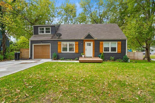 901 E 78th Street, Kansas City, MO 64131 (#2351539) :: Five-Star Homes