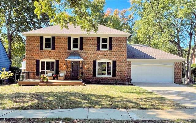 9922 Ballentine Street, Overland Park, KS 66214 (#2351572) :: Five-Star Homes