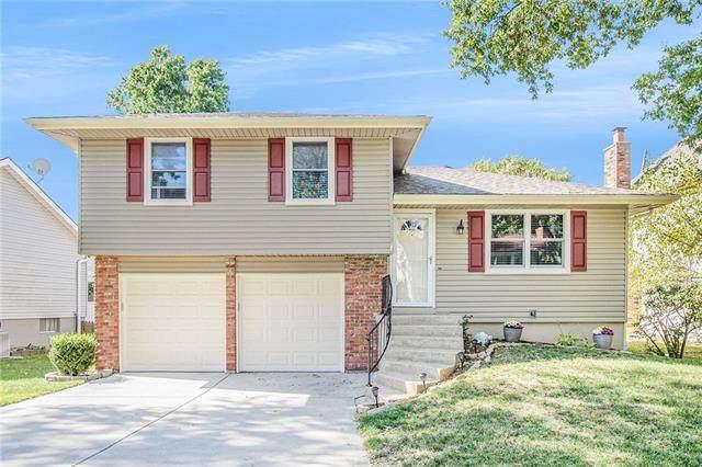 1417 S Tomahawk Lane, Olathe, KS 66062 (#2351582) :: Five-Star Homes
