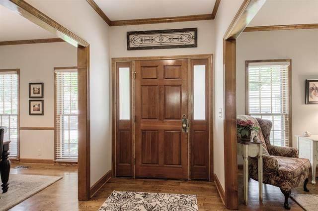 11221 Marty Street, Overland Park, KS 66210 (#2351597) :: Five-Star Homes