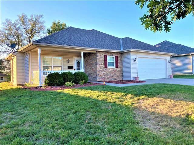 2304 N 114th Terrace, Kansas City, KS 66109 (#2351604) :: Five-Star Homes