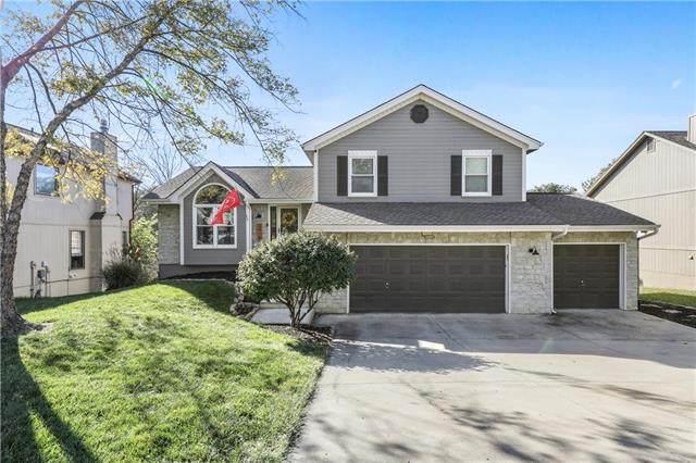 6418 N Mokane Court, Kansas City, MO 64151 (#2351640) :: Dani Beyer Real Estate