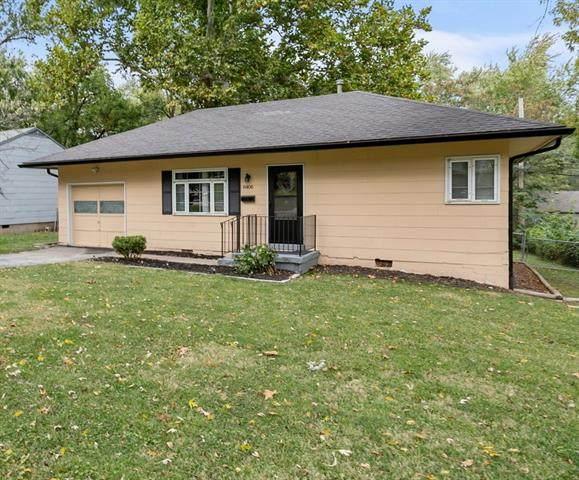 6406 W 82nd Terrace, Overland Park, KS 66204 (#2351685) :: Five-Star Homes