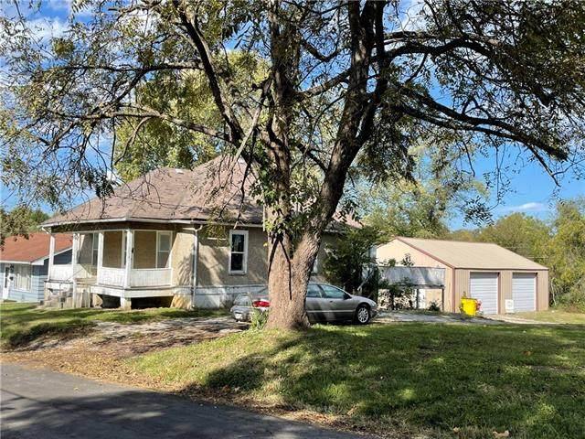 2112 Jefferson Street, Lexington, MO 64067 (#2351747) :: Audra Heller and Associates