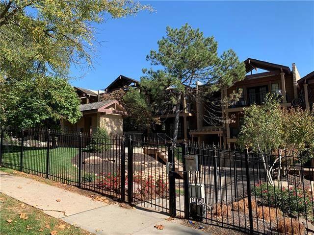 4727 Jarboe Street #73, Kansas City, MO 64112 (#2351809) :: Austin Home Team