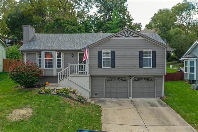 19305 E 31st Terrace S, Independence, MO 64057 (#2351839) :: The Shannon Lyon Group - ReeceNichols