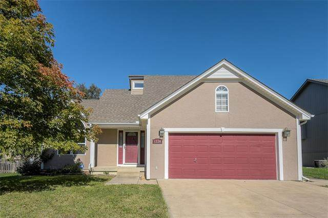 1224 SW Persels Road, Lee's Summit, MO 64081 (#2351844) :: The Shannon Lyon Group - ReeceNichols