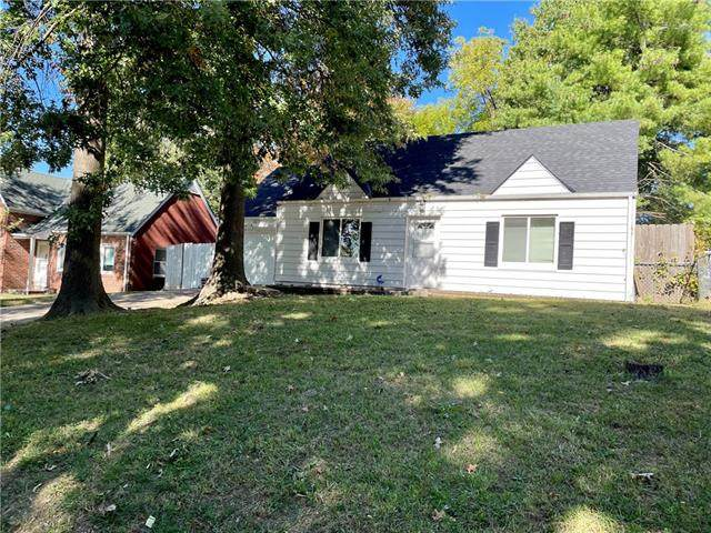 806 NE 42nd Terrace, Kansas City, MO 64116 (#2351878) :: Five-Star Homes