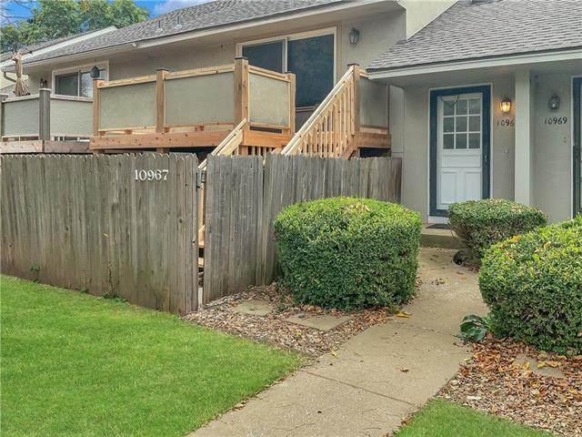10967 Gillette Street, Overland Park, KS 66210 (#2351890) :: Five-Star Homes