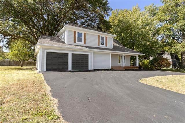 525 S Harrison Street, Olathe, KS 66061 (#2351901) :: Five-Star Homes
