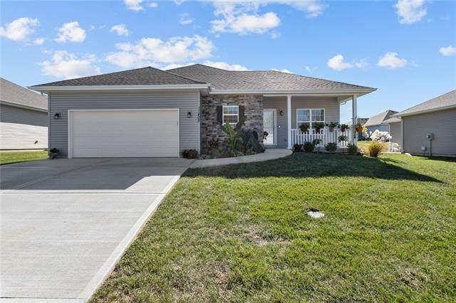 11405 Cleveland Avenue, Kansas City, KS 66109 (#2352031) :: Team Real Estate