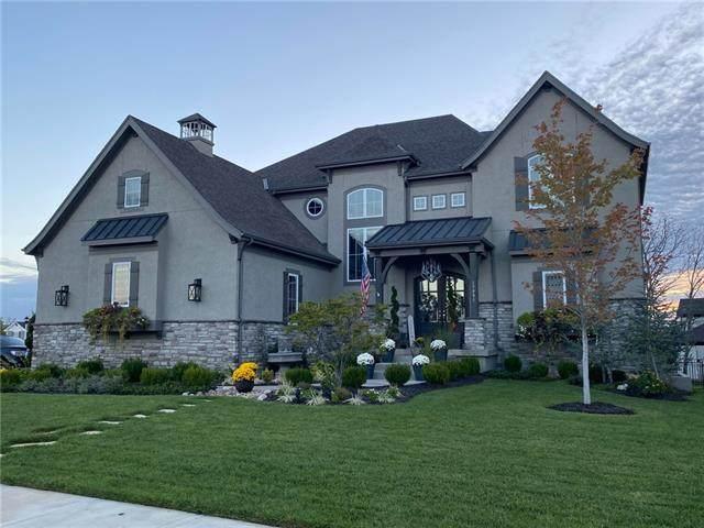 17801 Benson Street, Overland Park, KS 66013 (MLS #2352055) :: Stone & Story Real Estate Group