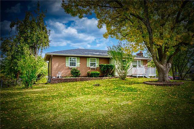 109 SE 421st Road, Warrensburg, MO 64093 (#2352057) :: Austin Home Team