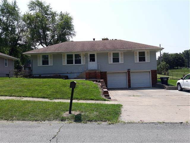 16303 E 35th Street S, Independence, MO 64055 (#2352137) :: Audra Heller and Associates