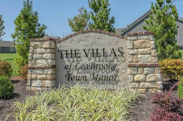 14516 Meadow Lane, Leawood, KS 66224 (#2352235) :: Ron Henderson & Associates