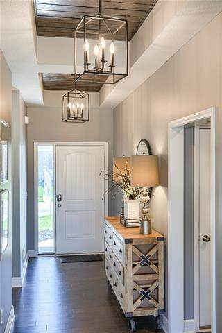 3214 N 109 Terrace, Kansas City, KS 66109 (#2352237) :: Team Real Estate