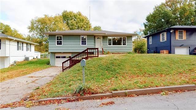 2917 S 29th Street, St Joseph, MO 64503 (MLS #2352405) :: Stone & Story Real Estate Group