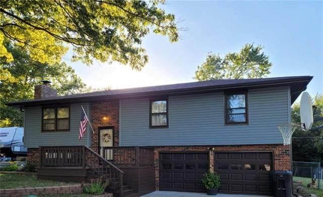 3309 SE Eveningtide Way, Topeka, KS 66605 (MLS #2352433) :: Stone & Story Real Estate Group