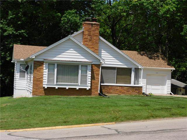 1201 Guthrie Circle, Atchison, KS 66002 (MLS #2352474) :: Stone & Story Real Estate Group