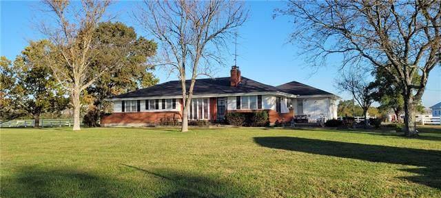 34740 W 355th Street, Osawatomie, KS 66064 (#2352634) :: Eric Craig Real Estate Team