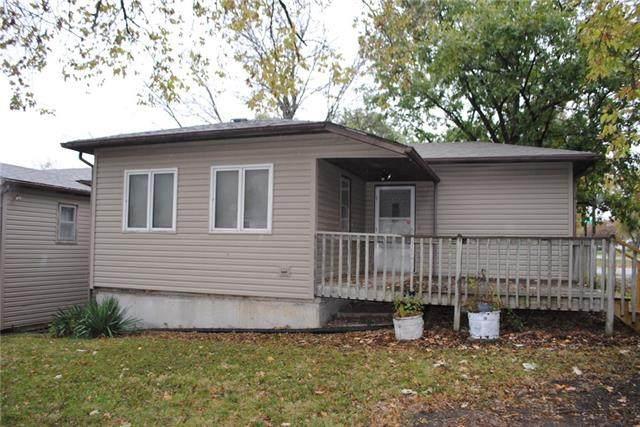 621 William Street, Effingham, KS 66023 (MLS #2352645) :: Stone & Story Real Estate Group
