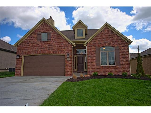 12103 S Valley Road, Olathe, KS 66061 (#1939306) :: House of Couse Group