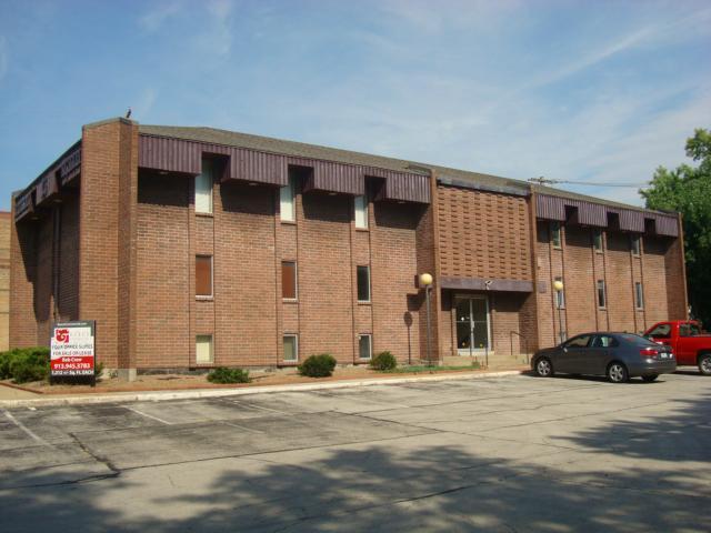 6750 W 75th #2A Street, Overland Park, KS 66204 (#1951314) :: The Shannon Lyon Group - Keller Williams Realty Partners